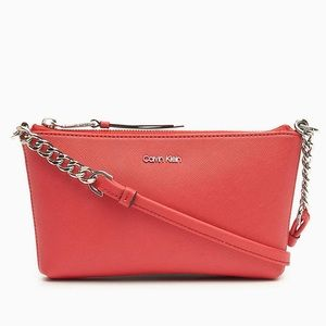 CALVIN KLEIN LEATHER CHAINLINK CROSSBODY BAG